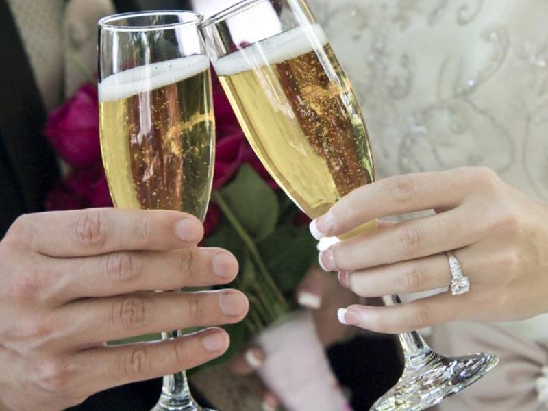 scelta del vino - Tenuta Cigliano Matrimoni